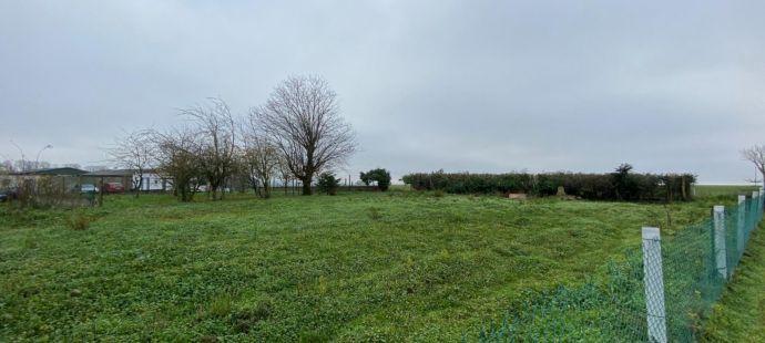 Terrain constructible de 1240m2 a VILLERS-CHATEL - Ref.H ... - Image 1